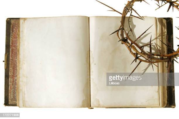 bible series crown of thorns - death and resurrection of jesus stock photos and pictures