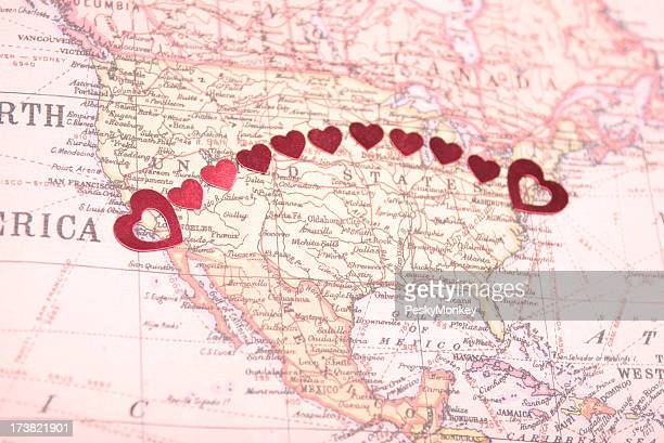 Bicoastal Coast-to-Coast-American Romantik Herzen auf Karte