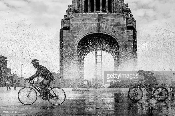 Bicycle at Monumento de la revolucion