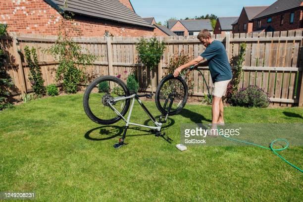 自転車クリーン - モーペス ストックフォトと画像