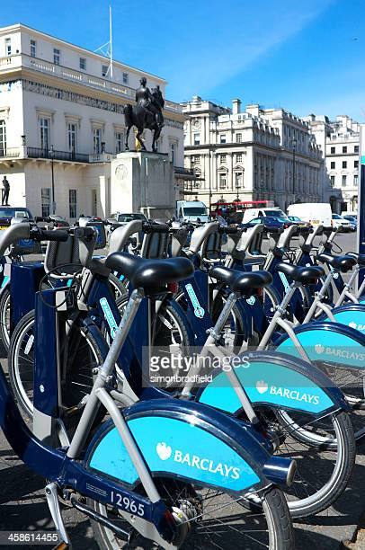 bicycle hire scheme in london - boris johnson photos stock pictures, royalty-free photos & images