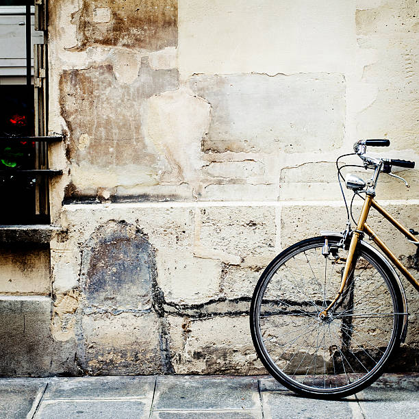 Bicycle, Ile St Louis, Paris