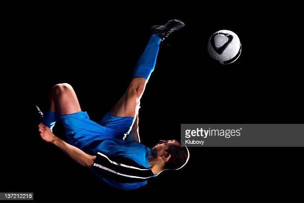bicycle kick - anfallsspelare fotboll bildbanksfoton och bilder