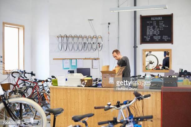 Bicycle mechanic opening box