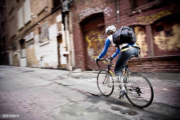 bicycle messenger - image stock pictures, royalty-free photos & images
