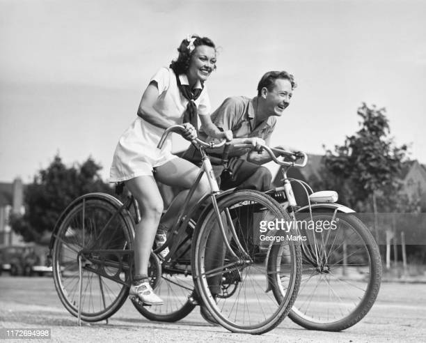 bicycle race - archiefbeelden stockfoto's en -beelden