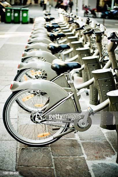 Fahrradständer auf die Straßen von Paris