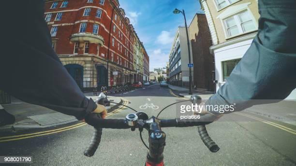 POV-Radfahren: Pendler mit Rennrad in London
