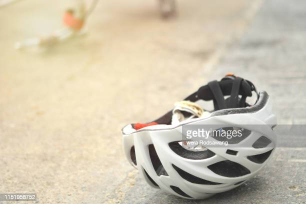 bicycle safety helmets - cycling helmet stock pictures, royalty-free photos & images