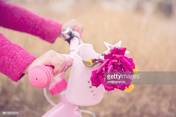 bicycle with flowers - 取っ手 ストックフォトと画像