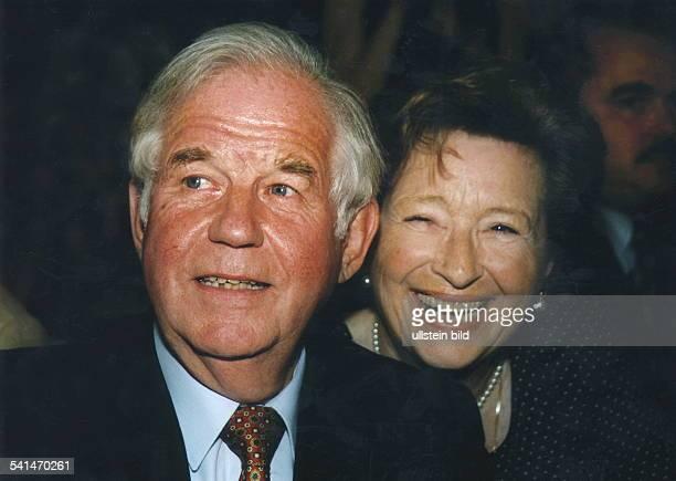 Biedenkopf, Kurt *- Politiker , DMinisterpraesident von Sachsen 1990-2002- mit seiner Ehefrau Ingrid