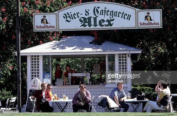 Bier- und Cafegarten auf demAlexanderplatz- 1999