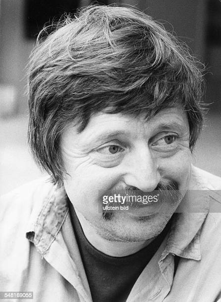 Biermann Wolf * Liedermacher Lyriker D Portrait laechelt 1984