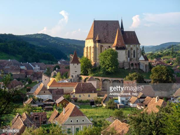biertan fortified church, a unesco world heritage site in transylvania, romania - rumania fotografías e imágenes de stock