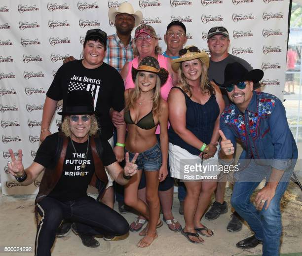 Big and Rich Big Kenny Cowboy Troy and John Rich welcome Bill Miller Us navy E5 first class gunners made 19681972 Served Vietnam 18 months at marble...