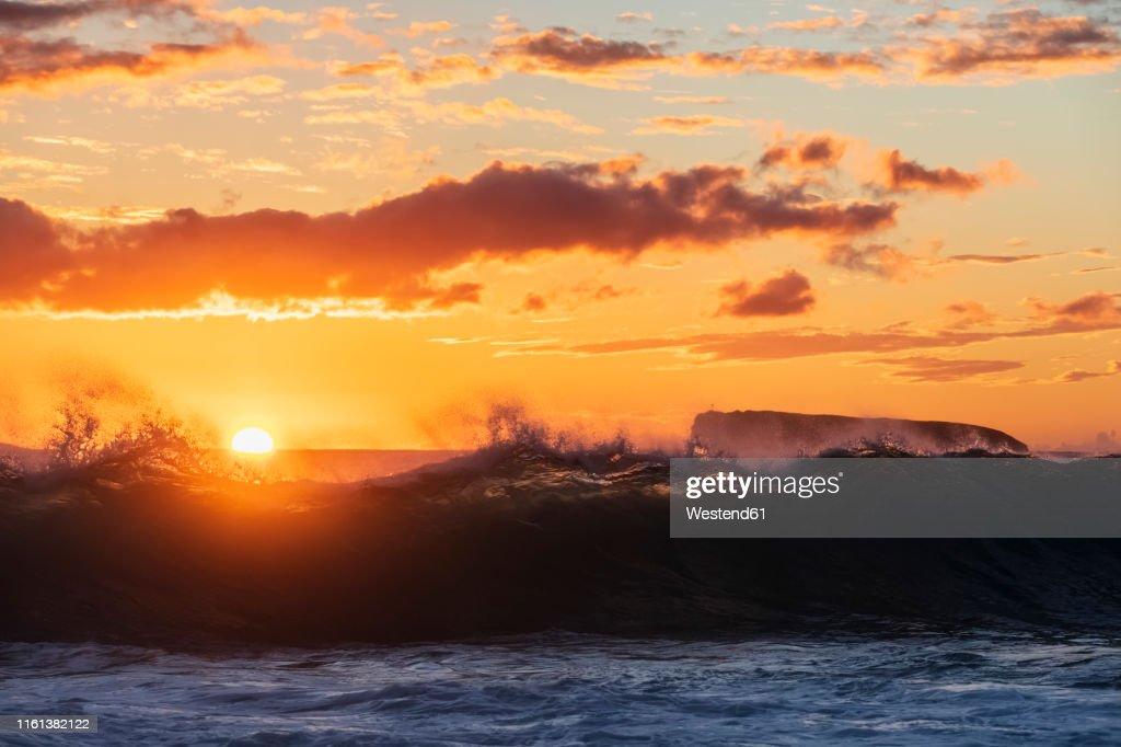 Big Beach At Sunset Makena Beach State Park Maui Hawaii Usa