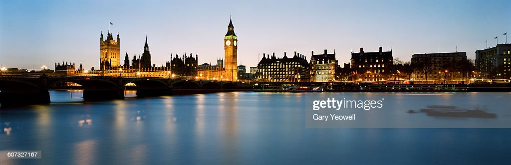 Big Ben and Houses of Parliament at dusk : Stock Photo