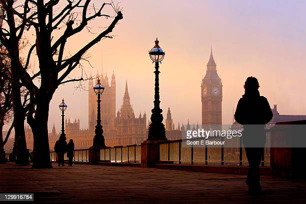 big ben and houses of parliament on foggy morning - houses of parliament london stock pictures, royalty-free photos & images