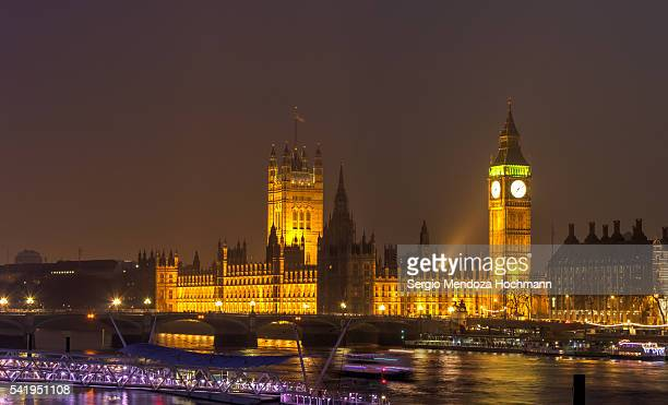 Big Ben and the Palace of Westminster at night