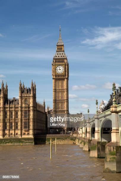 big ben and westminster london - big ben photos et images de collection