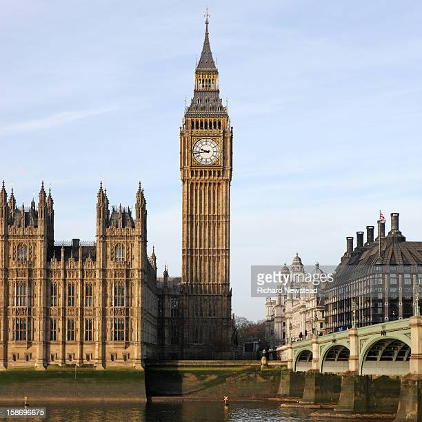 big ben at westminster - big ben stockfoto's en -beelden