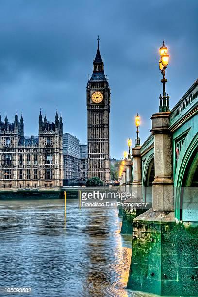 Big Ben in London at dawn