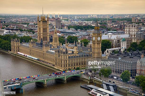 big ben y palacio westminster - houses of parliament london stock photos and pictures