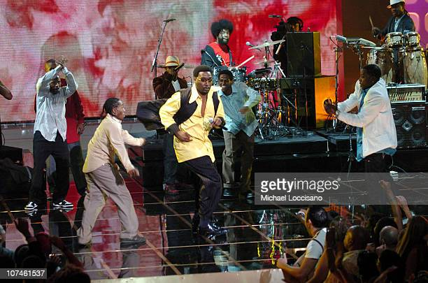 Big Daddy Kane honoree with The Roots during 2005 VH1 Hip Hop Honors Show at Hammerstein Ballroom in New York City New York United States