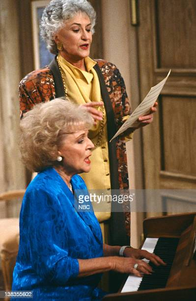 GIRLS 'Big Daddy's Little Lady' Episode 6 Pictured Betty White as Rose Nylund Bea Arthur as Dorothy Petrillo Zbornak