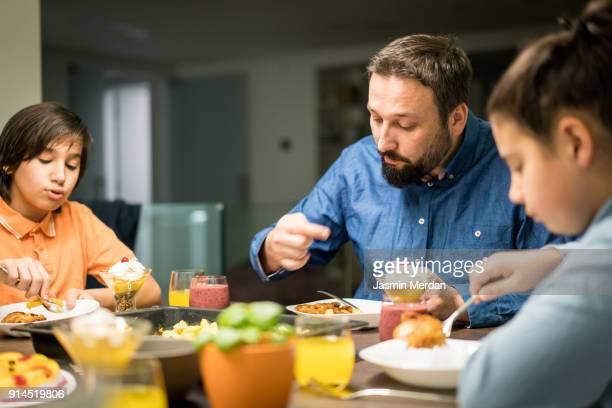 big dinner - iftar stock-fotos und bilder