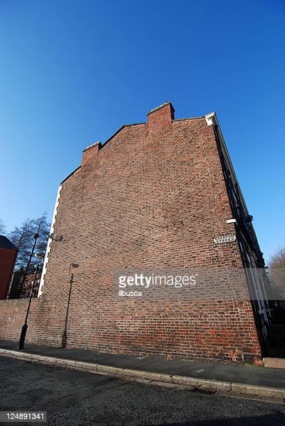 grande vazio grande angular parede de casa com espaço para texto - copy space imagens e fotografias de stock