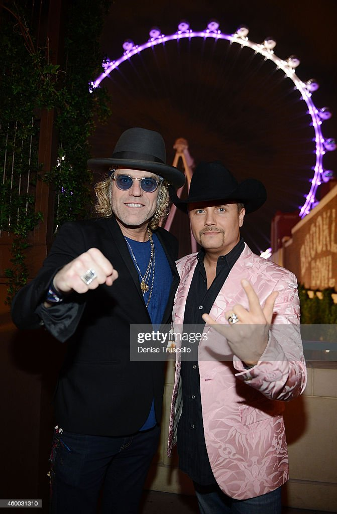 Big & Rich Visits The High Roller During NFR At The LINQ Promenade