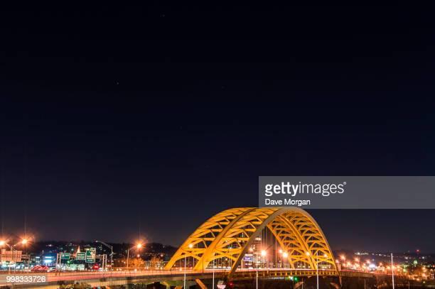 big mac bridge cincinnati, ohio - big mac stock pictures, royalty-free photos & images