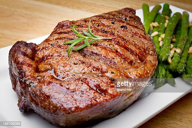 big rib eye beef steak - juicy stock pictures, royalty-free photos & images