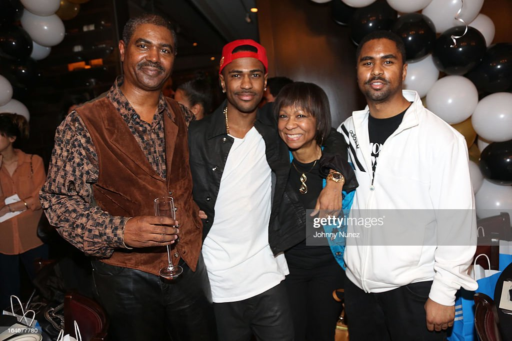 Big Sean (second from left) and family attend Remy Martin V Celebrates Big Sean's 25th Birthday Dinner at Wolfgang's Steakhouse on March 25, 2013 in Beverly Hills, California.