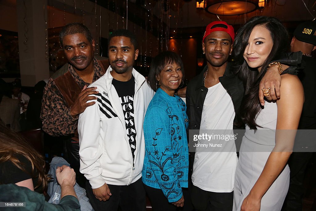 Big Sean (second from right), Naya Rivera (R) and guests attend Remy Martin V Celebrates Big Sean's 25th Birthday Dinner at Wolfgang's Steakhouse on March 25, 2013 in Beverly Hills, California.