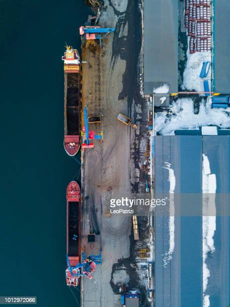 big ships import/export and business logistic and cranes - finance and economy stock pictures, royalty-free photos & images
