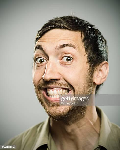 gran sonrisa. - hombre delgado fotografías e imágenes de stock