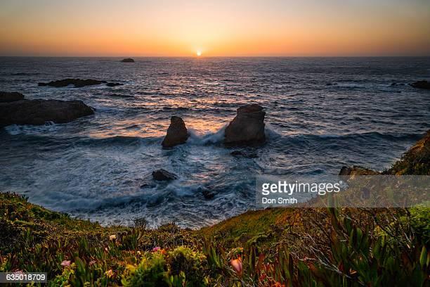 big sur sunset - don smith imagens e fotografias de stock