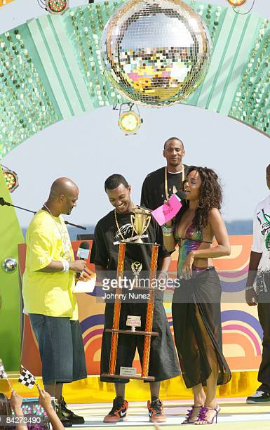Big Tigger and Aleesha Rene present trophy to the Car Show Contest Winner at The 2008 BET Spring Bling March 28 2008 Riviera Beach FL