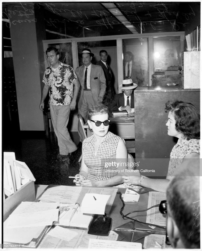 Bigamy, 1958 : ニュース写真