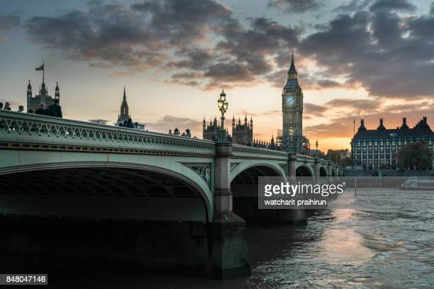 bigben,westminster bridge,london - historical geopolitical location stock photos and pictures