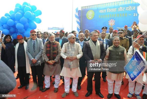 Bihar Chief Minister Nitish Kumar with others leader inaugurating World's longest human chain to create awareness against dowry and child marriage on...