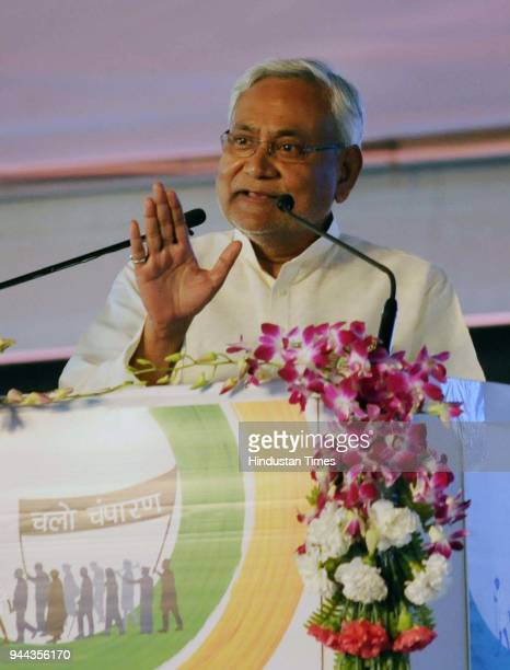 Bihar CM Nitish Kumar addresses over 20000 Sanitation Volunteers across the country at an event ' Satyagrah Se Swachhagrah ' during the concluding...