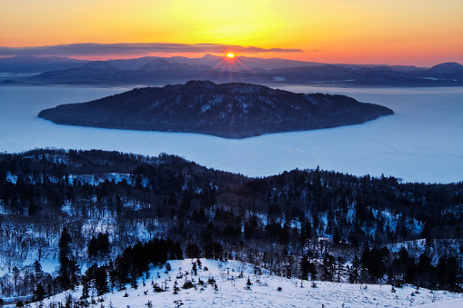 Bihoro Pass and Lake Kussharo in winter - gettyimageskorea