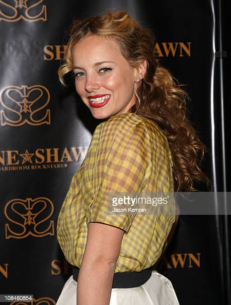 """Bijou Phillips attends the """"Shane and Shawn"""" Flagship Boutique Launch at Shane and Shawn at 238 Mulberry Street on April 8, 2008 in New York City."""