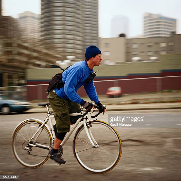 bike messenger - bicycle messenger stock pictures, royalty-free photos & images