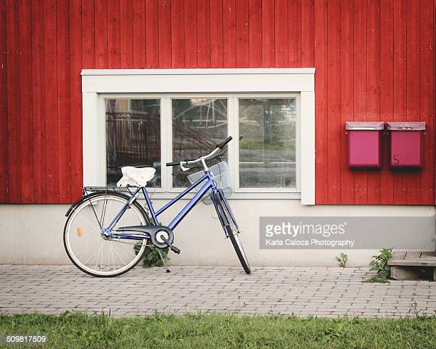 bike - domestic mailbox stock pictures, royalty-free photos & images