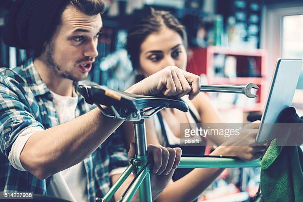 bike repair - partire bildbanksfoton och bilder