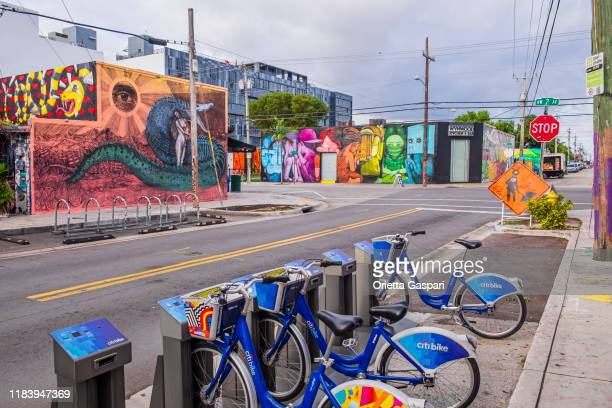 bike sharing in wynwood, miami - florida (us) - of miami photos stock pictures, royalty-free photos & images